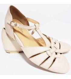 dc0606dd645 Charlie Stone Montpellier Shoes - Cream