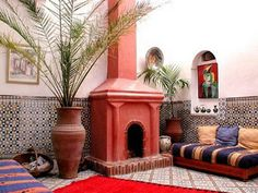 morocco-decor-wall-decoration-moroccan-tiles-floor-rugs