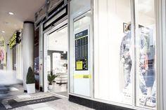 Digital pillar in branch of Exchange AG in Berlin