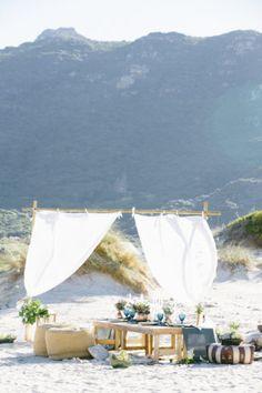 Boho beach wedding r