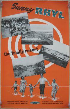 Original Bahnplakat Sunny Rhyl – das Familienresort – Studio Seven - ferien Posters Uk, Railway Posters, Poster Poster, British Travel, British Seaside, Vintage Advertising Posters, Vintage Travel Posters, Poster Vintage, Europe Continent