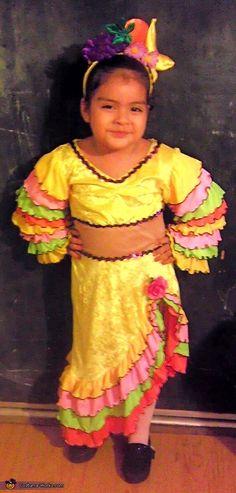 Chiquita Banana Girl - Halloween Costume Contest via @costumeworks