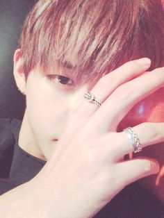 Image uploaded by blackimpala. Find images and videos about bts, jungkook and v on We Heart It - the app to get lost in what you love. Taehyung Selca, Jimin Jungkook, Bts Bangtan Boy, Daegu, Seokjin, Hoseok, Namjoon, Foto Bts, Shinee