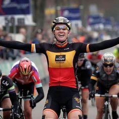 @joliendhoore of Wiggle-Honda winning the 2015 Ronde van Drenthe in her #BelgianChampion #CyclingJersey  _________________________  #TheCyclingJerseys | #CyclingJerseys | #CyclingKit | #CyclingKits | #BikeKit | #BikeKits | #RoadCycling | #Cycling | #CyclingStyle | #TeamKit | #BelgianChampion  #LeTour | #Giro | #LaVuelta | #UCI | #JolienDHoore