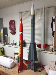 Metal Projects, Welding Projects, Nave Enterprise, Estes Rockets, Rocket Motor, Water Rocket, Rocket Kits, Ship In Bottle, Pvc Pipe Crafts