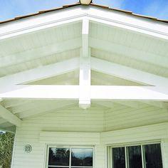 Lambris de sous-face d'avancée de toiture en épicéa prépeint