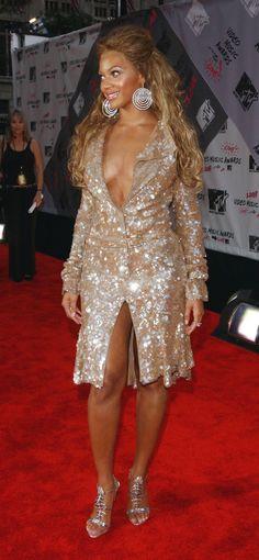 Beyonce at the 2003 MTV Music Awards