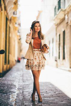RHINESTONE – Mi Aventura Con La Moda: Falda / Skirt: Buylevard (Camiseta / T-Shirt: Zara (S/S 15)  Blazer: Massimo Dutti (Old)  Tacones / Heels: Zara (Old)