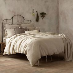 Product Image for Wamsutta® Vintage Linen Duvet Cover 2 out of 4