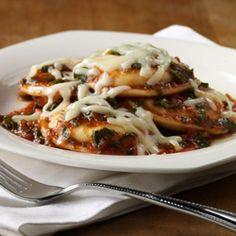 Ravioles con Queso al Sartén: Almohaditas de pasta rellenas de queso…
