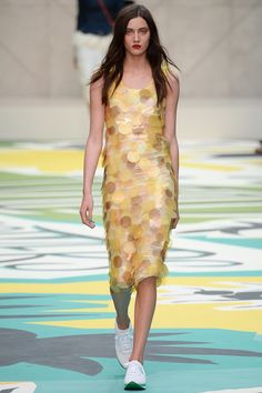 Burberry Prorsum | Spring 2015 Ready-to-Wear Collection | Style.com