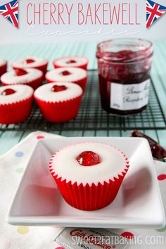 These Cherry Bakewell cupcakes are beautifully British and inspired by the cherry bakewell tart. They have both ground almonds and almond extract in them, a raspberry conserve core, and covered wit. Read Recipe by Cupcake Recipes, Baking Recipes, Cupcake Cakes, Dessert Recipes, Cupcake Emoji, Cupcake Party, Cherry Bakewell Tart, Bakewell Cake, Oreo
