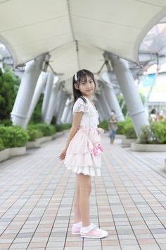 Cute Asian Girls, Cute Girls, School Girl Outfit, Girl Outfits, Cute Girl Poses, Clothing Ideas, Flower Girl Dresses, Swimsuits, Hairstyle
