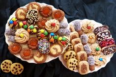 Nyolcféle aprósütemény egy tésztából - Kifőztük Italian Cookies, Winter Food, Cake Cookies, Fudge, Christmas Cookies, Waffles, Biscuits, Bakery, Food And Drink