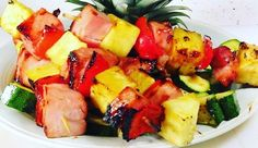 This weekend we will try to find the best way to create some healthy grilled ham and pineapple skewers.  We trully believe our future customers will love them. By now we are working in a special tasty and healthy ham marinate. After work in it we will figure the sales price for two 5 oz. skewers with two sides.