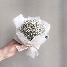 48 Trendy Flowers Bouquet For Men Babies Breath How To Wrap Flowers, Small Flowers, My Flower, Dried Flowers, Pretty Flowers, Flower Art, Boquette Flowers, Small Flower Bouquet, Bunch Of Flowers