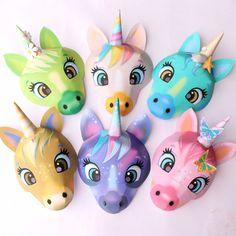 Print out and make at home DIY unicorn masks Diy Unicorn Party, Unicorn Crafts, Cute Unicorn, Quick Crafts, Fun Crafts, Paper Crafts, Diy Masque, Unicorn Mask, Unicorn Printables