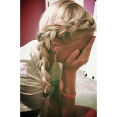 Front Row Braid Tutorial Barefoot Blonde by Amber Fillerup Clark ❤ liked on Polyvore featuring accessories, hair accessories and hair