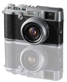 Fujifilm X100 12.3 MP APS-C CMOS EXR Digital Camera