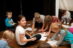 Делаем мульфильм в детской театральной студии Глаголь 13.10.2012, Фото: Анна Доброва