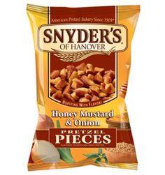 Ces pretzelsde Snyder's augoût de moutarde au miel et oignons,sont parfaits pour un délicieux petit snack devant un match de football amé...