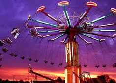Chicago Lakefront Carnival in Uptown Aug Amusement Park Rides, Carnival Rides, Purple Aesthetic, Art Festival, Funny Art, Retro, Chicago, Entertaining, Image
