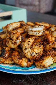 Learn how to make the best blackened shrimp in your kitchen! This recipe makes the most bold and flavorful cajun blackened shrimp in only 10 minutes. Shrimp Recipes Easy, Seafood Recipes, Cooking Recipes, Healthy Recipes, Prawn Recipes, Shellfish Recipes, Pasta Recipes, Healthy Foods, Shrimp Dishes