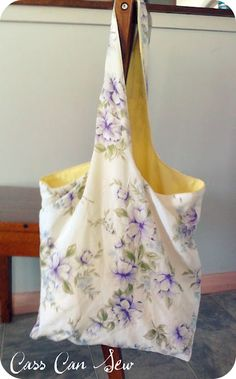 How to make a lined shopping bag from an old pillowcase