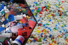 Bảng giá phế liệu nhựa hôm nay Ppr, Pallet, Youtube, Train, Shed Base, Palette, Pallets, Wooden Pallets, Youtubers