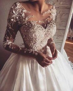 Illusion Jewel Neck Long Sleeve Wedding Dress With Applique .- Illusion Jewel Neck Langarm Brautkleid Mit Applikationen – Hochzeit und Braut Illusion Jewel Neck Long Sleeve Wedding Dress With Appliques – dress sleeve - Western Wedding Dresses, Long Wedding Dresses, Elegant Wedding Dress, Bridal Dresses, Wedding Gowns, Dresses Dresses, Homecoming Dresses, Wedding Ceremony, Wedding Venues