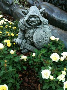 1000 images about garden trolls on pinterest fairy for Garden trolls