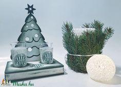 FTC karácsonyi fa tálcás ital kínáló röviditalos poharakkal FTC foci rajongói ajándék férfiaknak, férjeknek karácsonyra (Biborvarazs) - Meska.hu Fa, Place Cards, Place Card Holders