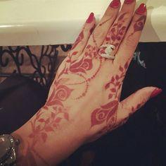 Arabic roses henna design.