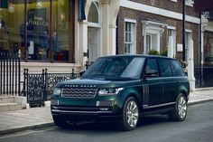 2015 Holland and Holland Range Rover. I'll take it, same color and all.