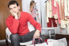 Cand vine vorba de moda sau chiar de imbracamintea de zi cu zi, barbatii nu sunt cei mai dispusi sa isi asume schimbare garderobei sau sa experimenteze noi trenduri.