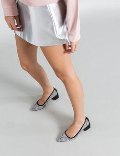 Venta online de zapatos de diseño. Un nuevo concepto en calzado para  momentos especiales. Zapatos de fiesta 56bdd68547a0e