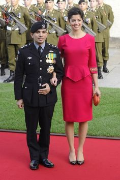 Prince Rashid and Princess Zenia of Jordan. I love how the Jordanian royal men don't care that their wives are taller!