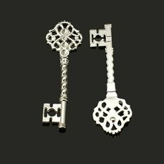 Platinum Silver Large Key Charms (10). Starting at $3 on Tophatter.com!