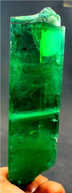 530 Gram Top Quality Lush Green HIDDENITE KUNZITE Crystal with Good Clarity @AFG