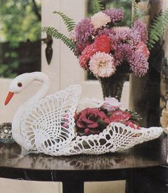 Ehi, ho trovato questa fantastica inserzione di Etsy su https://www.etsy.com/it/listing/264711652/crochet-swan-patterninstant-download