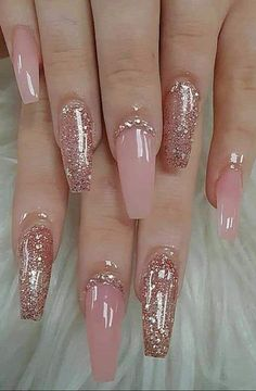 46 Best Nail Art Ideas For Your Hands page acrylic nails designs; acrylic na… 46 Best Nail Art Ideas For Your Hands page acrylic nails designs; Almond Nails French, Almond Acrylic Nails, Best Acrylic Nails, Acrylic Nail Art, Gel Nail Art, Nail Polish, Acrylic Nail Designs Glitter, Classy Acrylic Nails, Acrylic Canvas