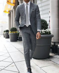 "gentlemenscholarsclub: "" Grey linen and a lighter grey tie via http://tslstyle.com/ """