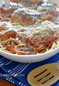 Crock Pot Chicken Parmesan #crockpotmeals #slowcookermeals #chickenparmesan
