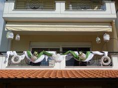 Διακόσμηση βεράντας Outdoor Bridal Showers, House Warming, Entryway Tables, Outdoor Decor, Home Decor, Weddings, Altar Decorations, Decoration Home, Room Decor