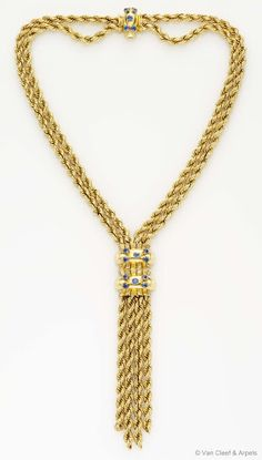 """Back in time ~ Van Cleef & Arpels Estate 1945 """"Rope"""" necklace in yellow gold with sapphires and diamonds"""