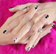 Watchmen's Rorschach Inkblot Nails
