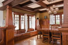 Craftsman style window treatments photos ideas for Craftsman interior design elements