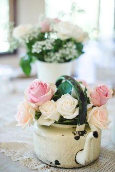 Wedding Magazine - The bucket list: 10 ways to display your wedding flowers