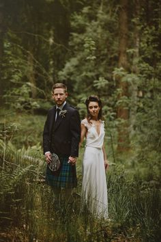 A David Fielden gown for a relaxed and nature inspired Humanist wedding at Coo Cathedral in the Scottish Highlands. Photography by The Curries.