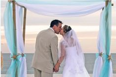Beach Wedding pics and ideas | Best Destination Wedding